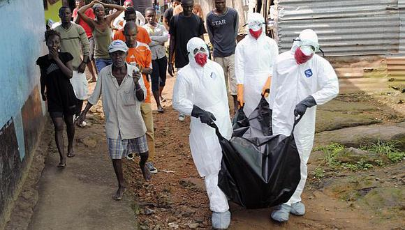 En Liberia ya no quedan camas en los hospitales para atender a pacientes con ébola. (Reuters)
