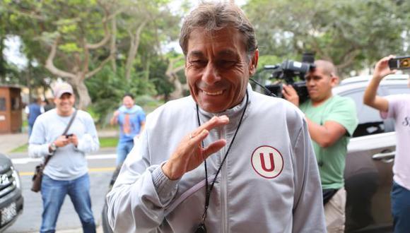 Roberto Chale está feliz con el desempeño de Universitario de Deportes. (USI)