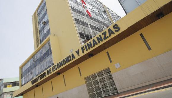 Ministerio de Economía y Finanzas dio el anuncio sobre el aumento de la UIT. (Perú21)
