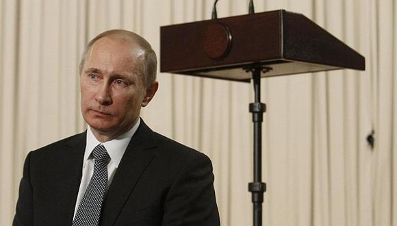 Acusan a Putin de querer gestar un fraude como el de los comicios parlamentarios. (Reuters)