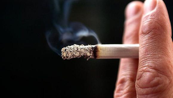 ¿Fumar ayuda o no ayuda a combatir el COVID-19? La respuesta es un NO rotundo, pero ¿por qué?
