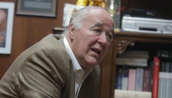 Congresista Víctor Andrés García Belaunde advierte impacto en el gobierno de investigaciones por caso Chinchero.