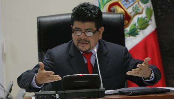 Teófilo Gamarra dijo que en todo partido hay reacomodos. (Perú21)