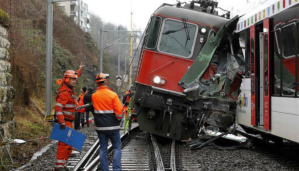 Al menos 220 socorristas fueron derivados al lugar de los hechos. (Reuters)