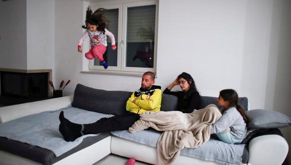 Darse tiempo. Adultos deben encontrar momentos para estar solos y para compartir con sus hijos. (FOTO: Reuters)