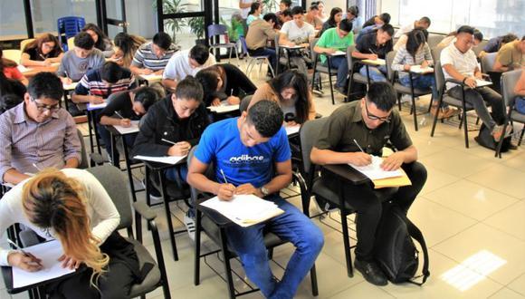 Entre las vacantes disponibles se encuentran: ejecutivo de ventas, soporte técnico en diferentes empresas de telefonía, entre otros. (Foto: Municipalidad de Lima)