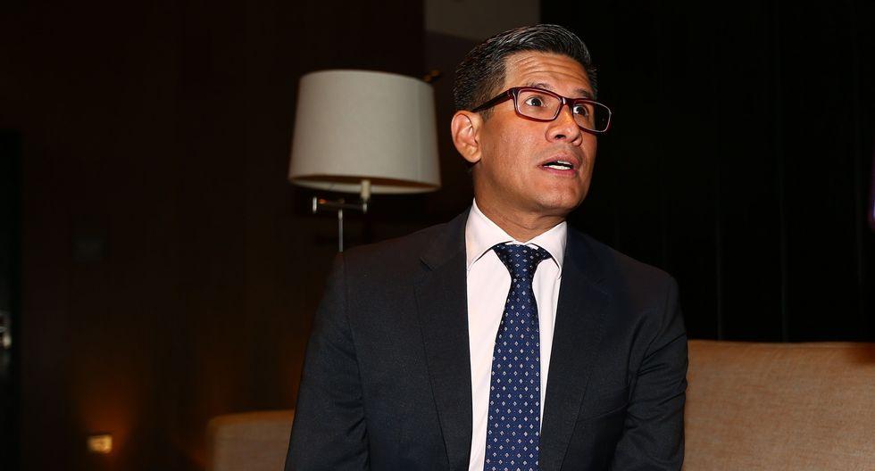 """Óscar del Portal enfrenta a Erick Osores: """"Estudia curso de entrenadores"""". (FOTO GEC)"""