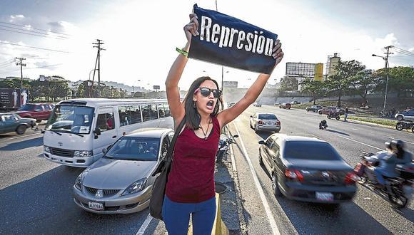 País en crisis. Para hoy están previstas nuevas protestas contra el régimen de Nicolás Maduro. (AFP)