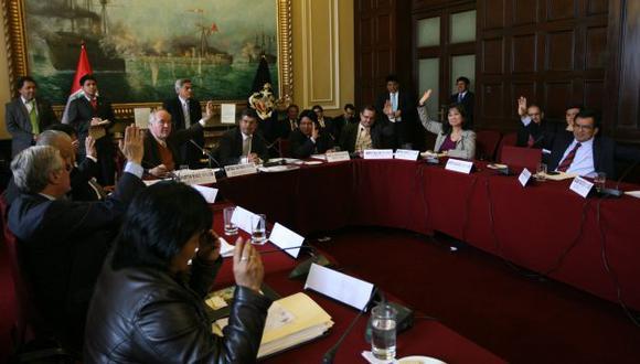CONSTITUCIÓN. Pasó el debate del tema a subgrupo de trabajo. (Rochi León)