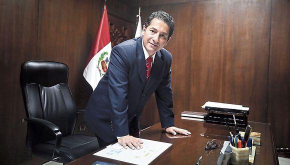 Salvador Heresi Chicoma. Ministro de Justicia y congresista de Peruanos por el Kambio (PpK)