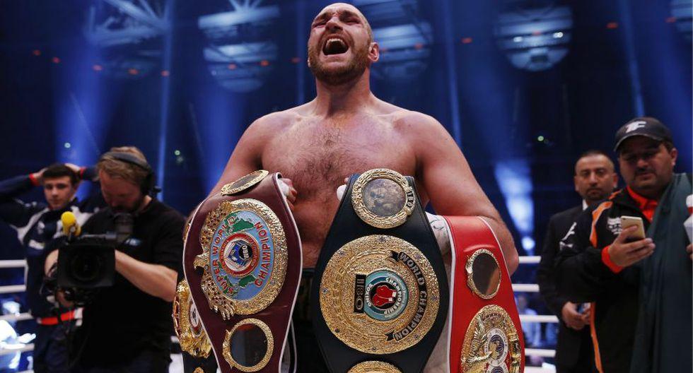 Tyson Fury se coronó campeón de los pesos pesados al vencer a Wladimir Klitschko. (Reuters)