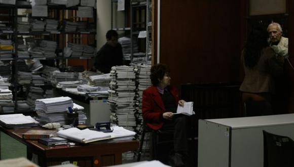 EFICIENCIA. Simplificar y agilizar los trámites seguirá siendo el principal objetivo del Estado en 2013. (USI)
