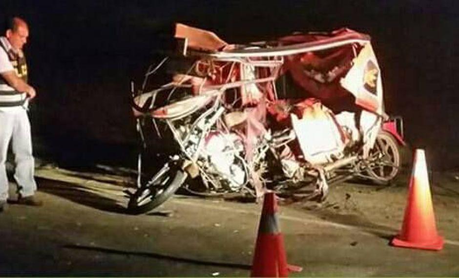 Accidente ocurrió en la vía de la Costanera, en Trujillo. El fallecido quedó atrapado entre los fierros retorcidos.