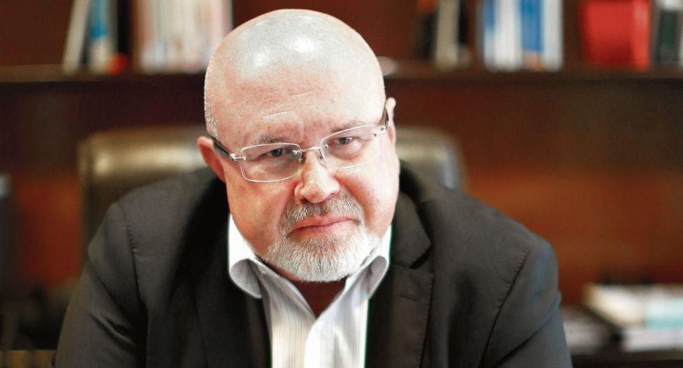 Carlos Bruce. Ministro de Vivienda, Construcción y Saneamiento. (USI)