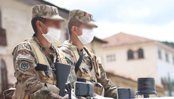 Ayacucho: vehículo se despista y tres soldados mueren cuando regresaban a Lima