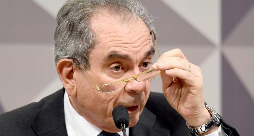 Raimundo Lira señala que la decisión de anular el juicio político contra Rousseff es equivocada. (eltribuno.info)