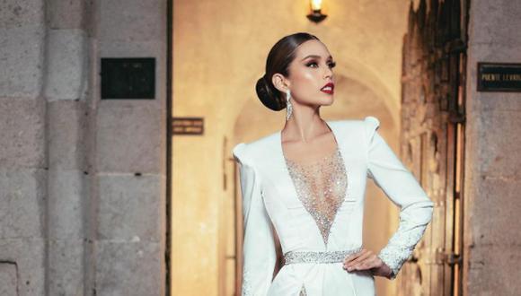 Janick Maceta desfiló en traje típico como antesala de la ceremonia central del Miss Universo 2021. (Foto: @janickmaceta)
