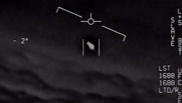 """Los tres vídeos, """"FLIR"""", """"GOFAST"""" y """"GIMBAL"""", pueden descargarse desde el sitio web del """"Naval Air Systems Command"""". (Captura: YouTube/Global News)"""