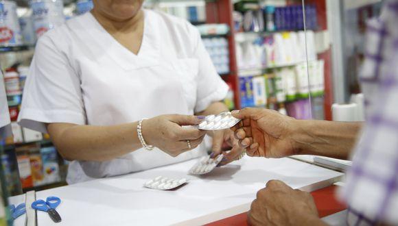 La finalidad de la norma es garantizar el acceso a los medicamentos a la población y mantener un adecuado abastecimiento de los establecimientos públicos de salud.