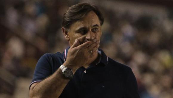 Carlos Bustos lamentó el juego de Alianza ante Santa Rosa en la Bicentenario. (Foto: @LigaFutProf)