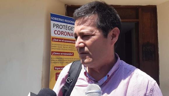 Óscar Chávez llegó procedente de México a Lima y luego también enrumbó vía aérea a Trujillo. (Foto: GEC)