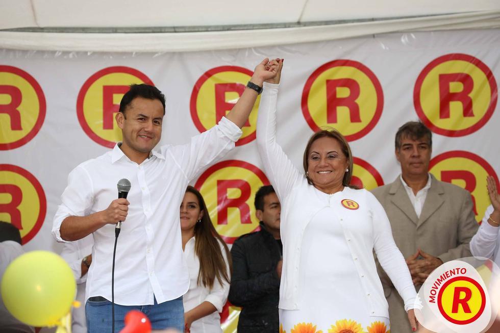 El congresista Richard Acuña se alejó temporalmente de APP para apoyar a su madres, Rosa Núñez, quien postula a la alcaldía de Trujillo con su movimiento Nueva Libertad.