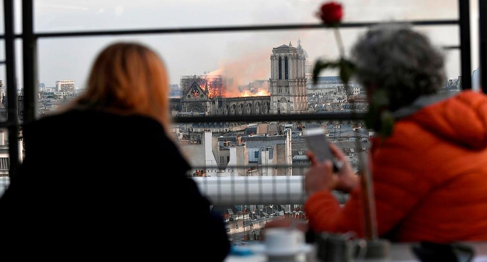 La catedral de Notre Dame, icono de París y exponente máximo del arte gótico, sufrió un devastador incendio que acabó con parte de su estructura. (EFE)<br><br>