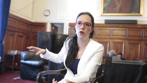 ENTREVISTA MARISA GLAVE, CONGRESISTA DEL PERÚ.