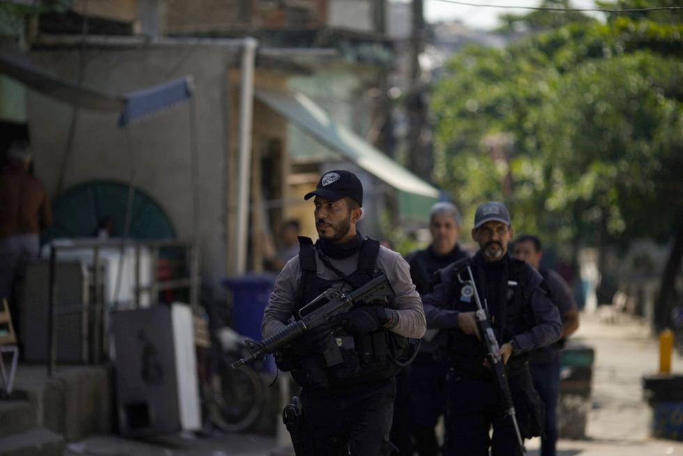 Al menos 25 personas murieron durante un operativo policial contra narcotraficantes en el Favela Jacarezinho, Río de janeiro en abril de 2021. (MAURO PIMENTEL / AFP).