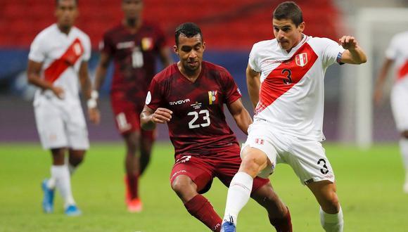 Aldo Corzo disputará su tercera semifinal de Copa América con la Selección Peruana. (Foto: AFP)