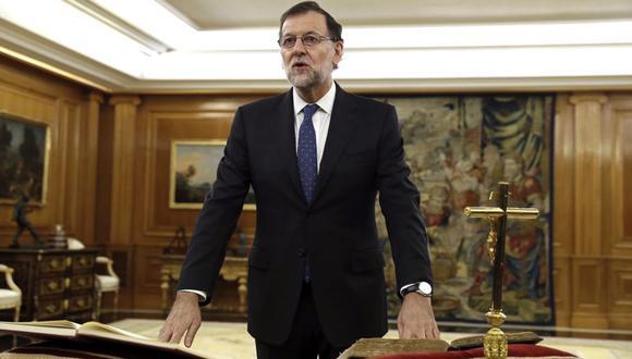 Mariano Rajoy juró como presidente de España ante el rey Felipe VI. (AFP)