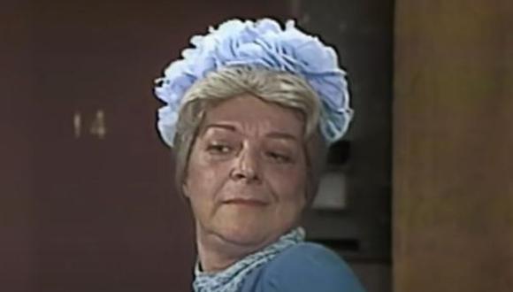 Angelines Fernández interpretó a Doña Clotilde, una señora soltera que habita en el departamento 71 y a la que los niños de la vecindad le suelen decir la 'Bruja del 71' (Foto: Televisa)