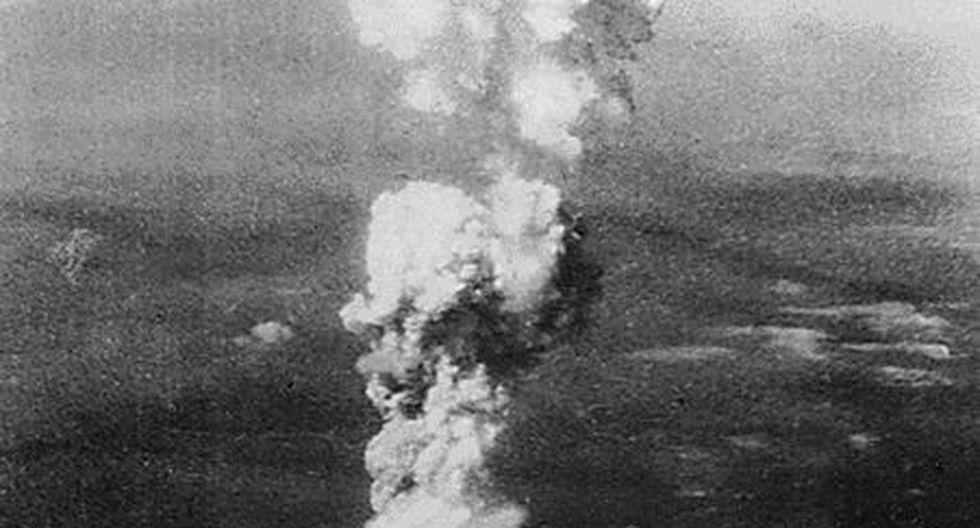 La explosión levantó nubes de polvo de más de 6,000 metros de altura. (AFP)