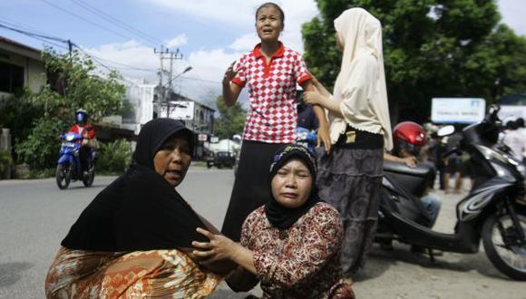 El seísmo en Indonesia provocó el pánico entre los pobladores. (Reuters)