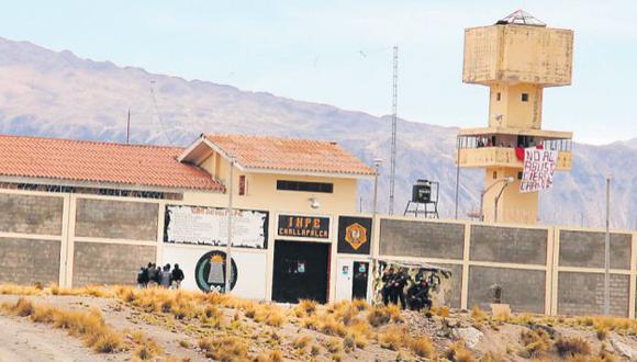 CAOS TOTAL. Presos tomaron el penal de Challapalca y mantienen como rehenes a siete trabajadores del INPE. (Manuel Vilca/USI)