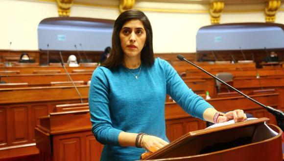 La permanencia de la ministra María Antonieta Alva en el MEF se decidirá hoy en el Pleno (Congreso).