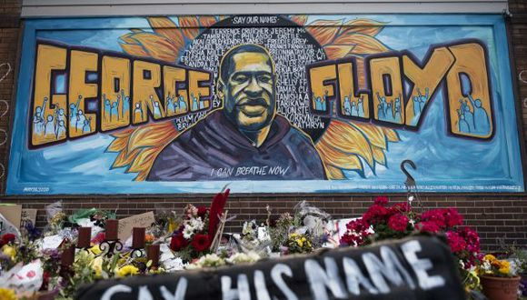 MINNEAPOLIS, MN - JUNE 01: A memorial site where George Floyd died May 25 while in police custody, on June 1, 2020 in Minneapolis, Minnesota. George's brother Terrence Floyd visited the site today and called for justice and the prosecution of all four officers involved in the incident.   Stephen Maturen/Getty Images/AFP == FOR NEWSPAPERS, INTERNET, TELCOS & TELEVISION USE ONLY ==