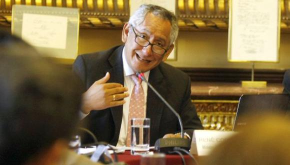 DEBATE. Cornejo aclaró en el Congreso el financiamiento del sector. (Nancy Dueñas)