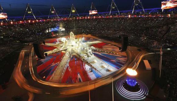 INOLVIDABLE. Ochenta mil personas vibraron en el Estadio Olímpico de Strafford. (Reuters)