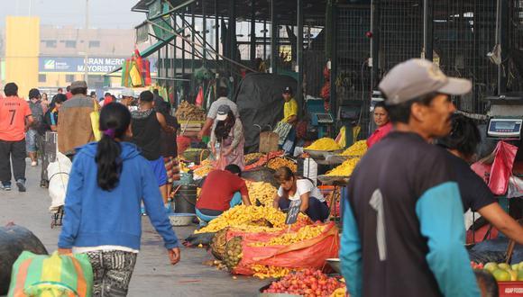 Unas 3,403 toneladas de alimentos de primera necesidad ingresaron este lunes al Gran Mercado Mayorista de Lima (GMML). (GEC)