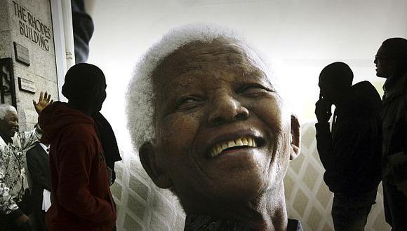 Mandela pasó de  luchador antiapartheid a presidente.  (AP)