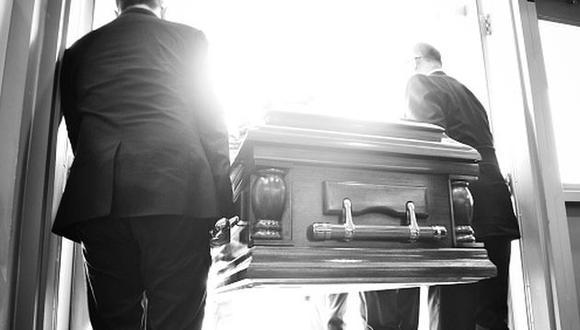 Joven fue sepultada en ceremonia privada. (Getty)