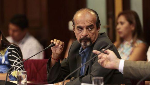 Mauricio Mulder demandó explicaciones al jefe del INEI sobre convenio con universidad de César Acuña.