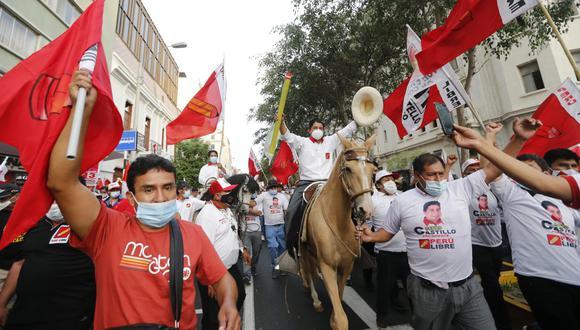 En un gobierno de Perú Libre, se cerraría el Congreso si no le aceptan el proyecto de reforma constitucional total (GEC).