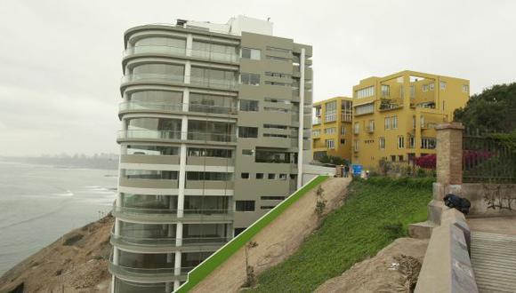 ¿PELIGRO? Condominio Aquamarina ocupa parte de terreno que estaba destinado a parque. (Perú21)