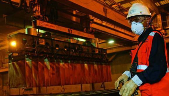 EMPLEO. En tres años se crearían un millón de puestos de trabajo relacionados con la minería. (Difusión)