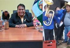 Huancavelica: captan a alcalde de Huaytará sin mascarilla y con cajas de cerveza en aniversario de una comuna [VIDEO]