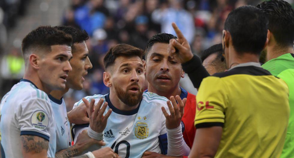 Lionel Messi no recibió la medalla en la Copa América 2019 y la razón la reveló Juan Foyth. (Foto: Nelson ALMEIDA / AFP)