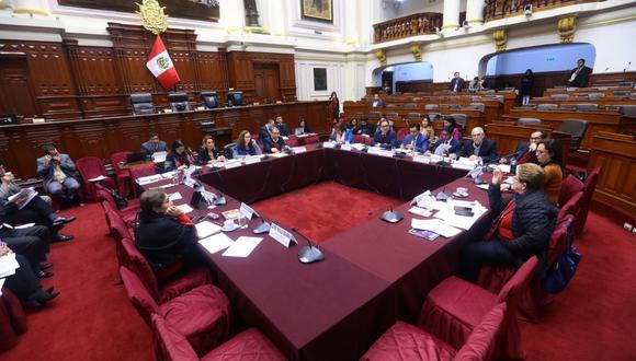 Este jueves el pleno del Congreso revisará los proyectos aprobados en la Comisión de Constitución. (Foto: Congreso)
