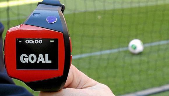A pesar de la introducción del ojo de halcón, aún habrá un árbitro en la Liga italiana. (Marca.com)